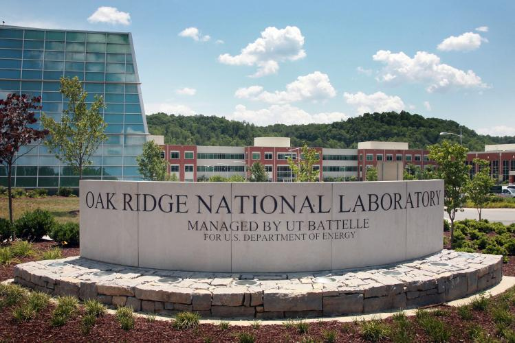 Color image of sign that says Oak Ridge National Laboratory