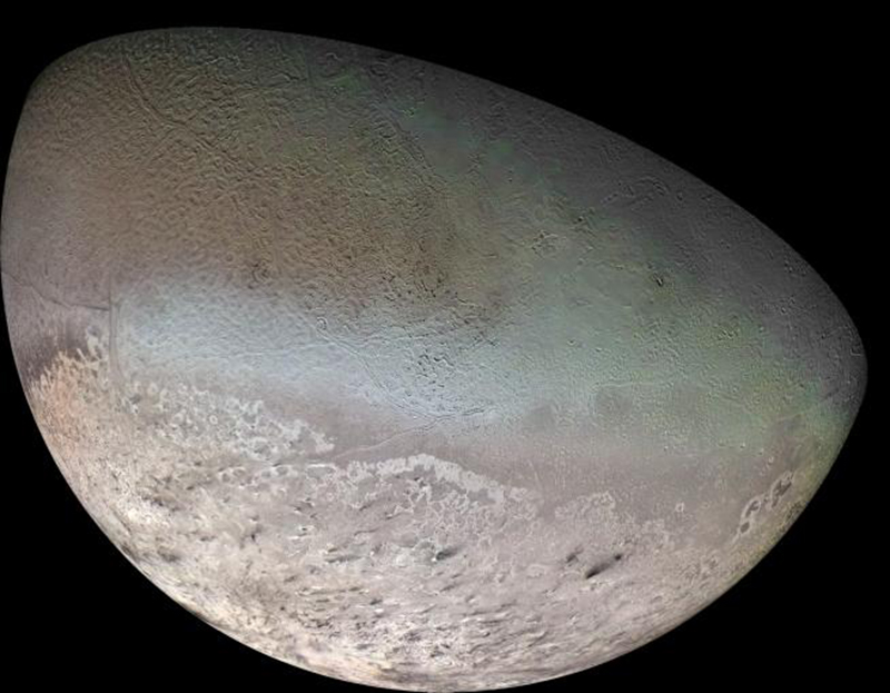 Voyager's view of Triton
